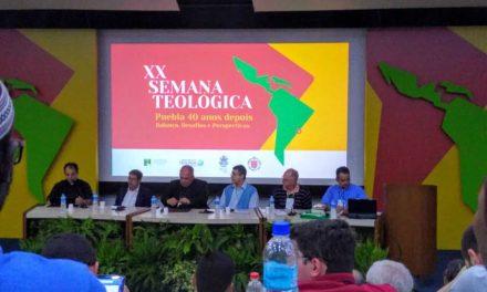 """Primeiro dia da XX Semana Teológica, na PUC-Rio, com a temática: """"Puebla 40 anos depois – Balanços, Desafios e Perspectivas"""""""